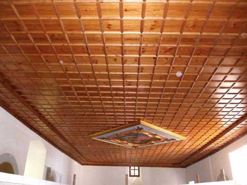Παραδοσιακό ταβάνι από σουηδικό ξύλο