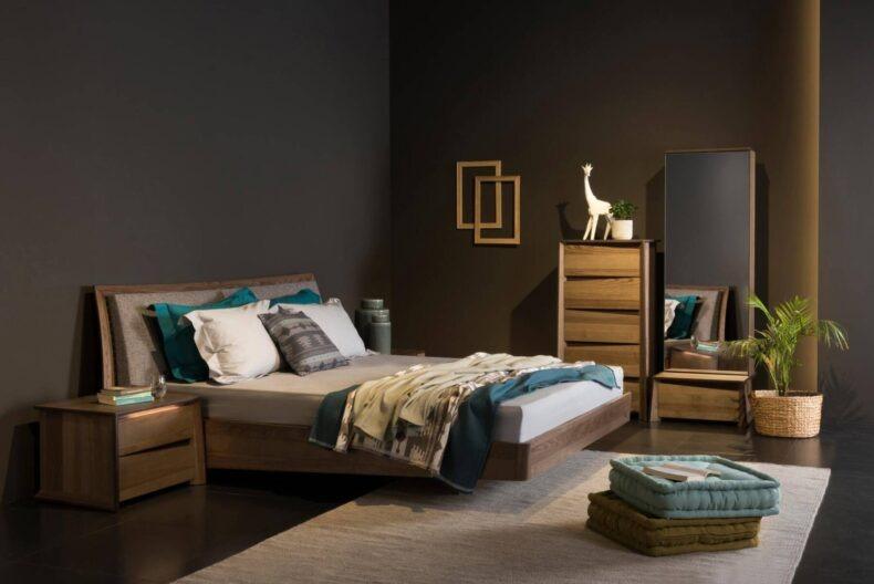 Άνετη και φινετσάτη κρεβατοκάμαρα