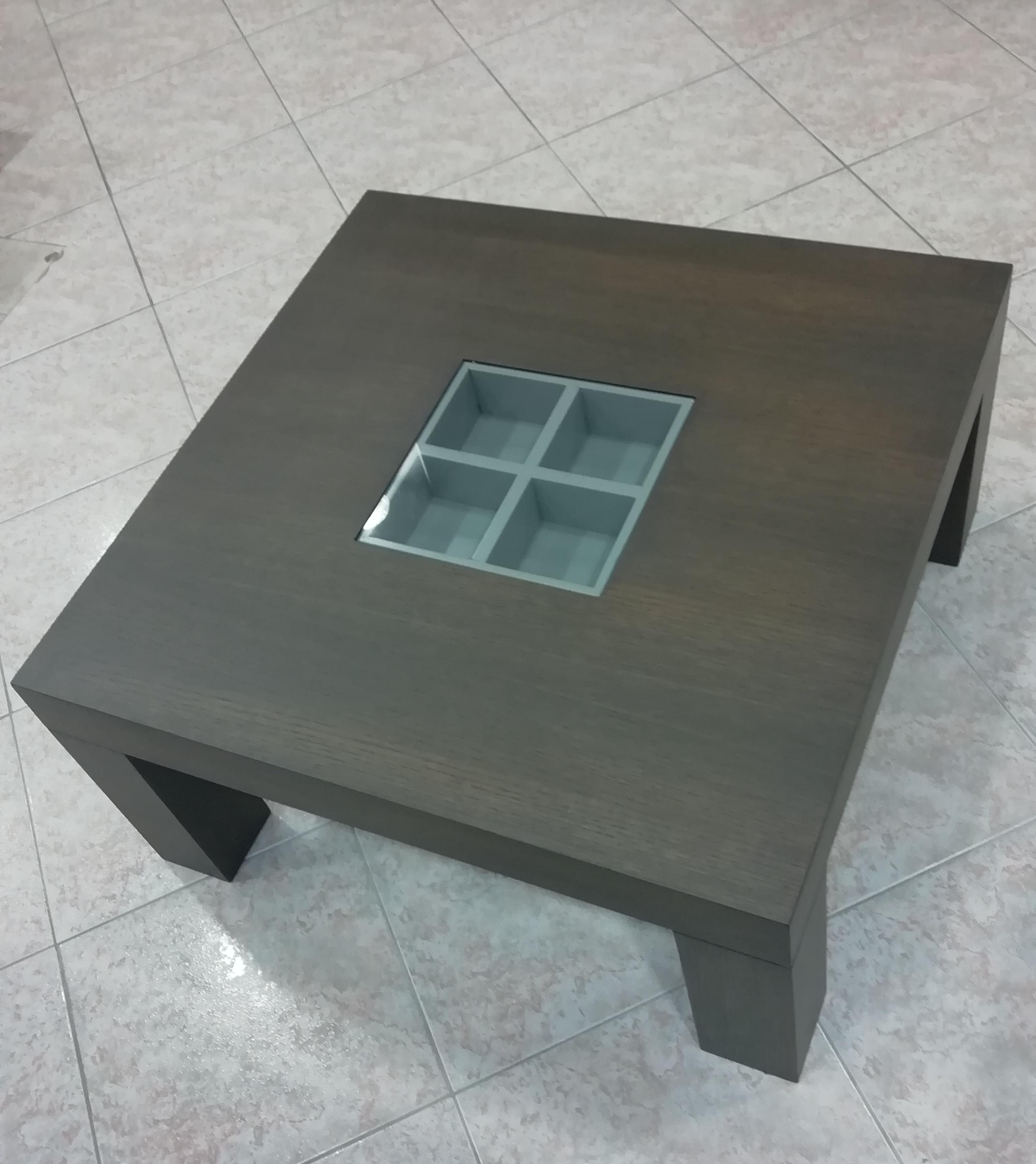 Μοντέρνο τραπέζι σαλονιού σε δρυς