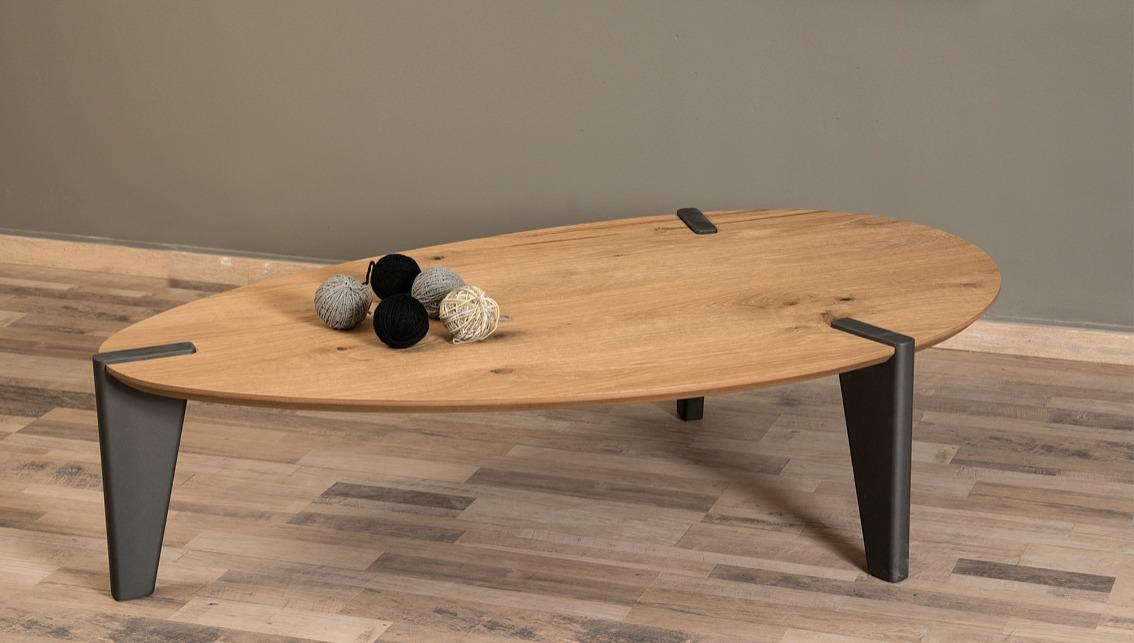 Τραπέζι σαλονιού με ιδιαίτερο σχήμα